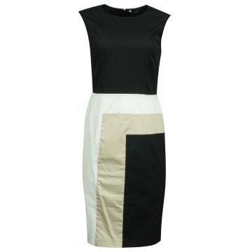 Czarna sukienka  firma Makalu
