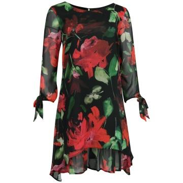 Czarna zwiewna sukienka w...