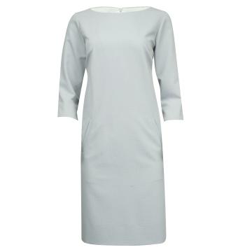 Popielata sukienka w białe...