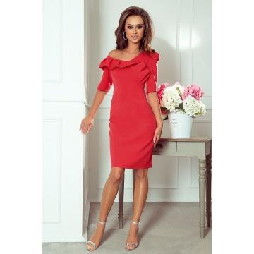 Czerwona ołówkowa sukienka...