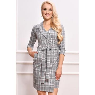 Sukienka w kratę z kieszeniami