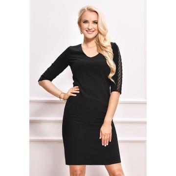 Czarna ołówkowa sukienką z...