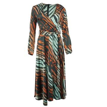 Zwiewna maxi sukienka...