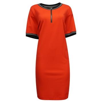 Czerwona sportowa  sukienka...