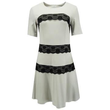 Biała wizytowa sukienka z...