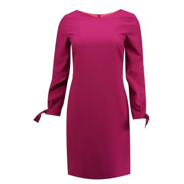 Różowa ołówkowa sukienka
