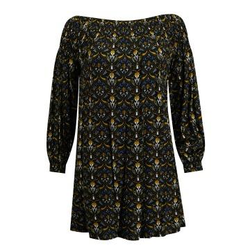 Czarna sukienka z gumkami w...