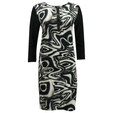 Czarna ołówkowa sukienka w...