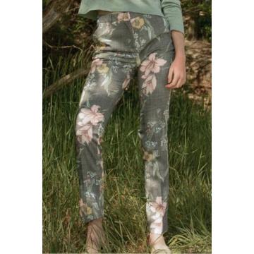 Spodnie damskie we wzory...