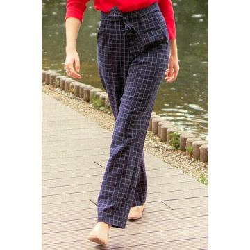 Granatowe spodnie damskie w...