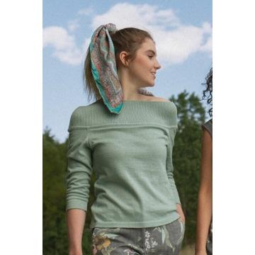 Miętowy sweter damski z...