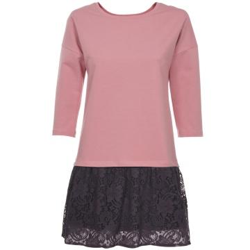 Różowa dzianinowa sukienka...