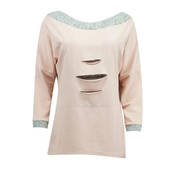 Różowy luźny sweter damski...