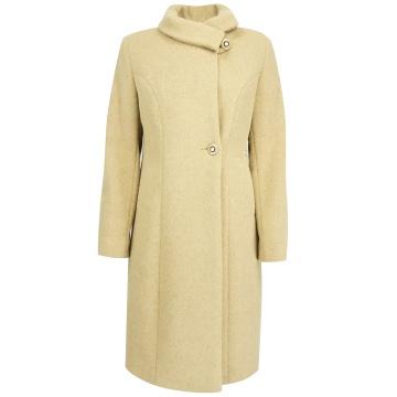 Kremowy zimowy płaszcz...