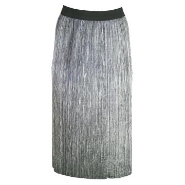 Srebrna plisowana spódnica...
