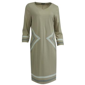 Kremowa sukienka, w...