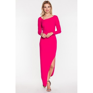 Różowa długa sukienka z...