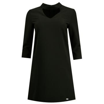 Czarna trapezowa sukienka