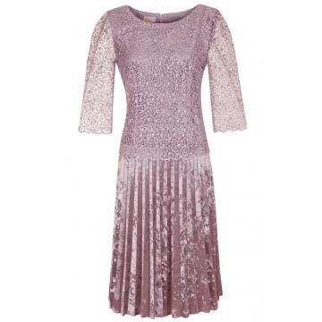 Sukienka różowa z koronki...