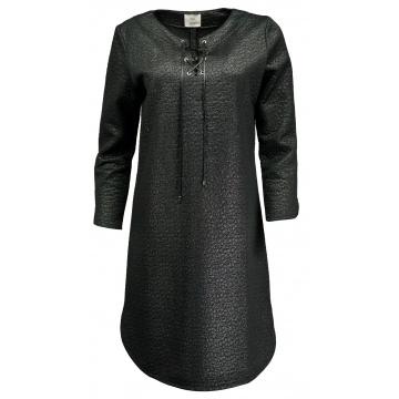 Czarna sukienka wiązany dekolt