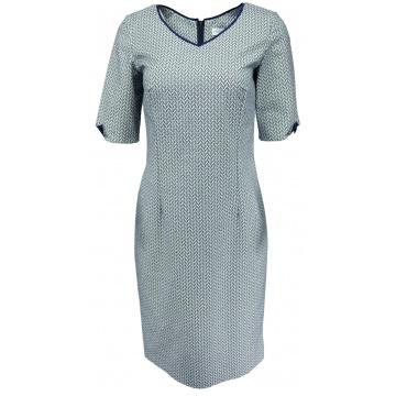Niebieska sukienka we wzorki