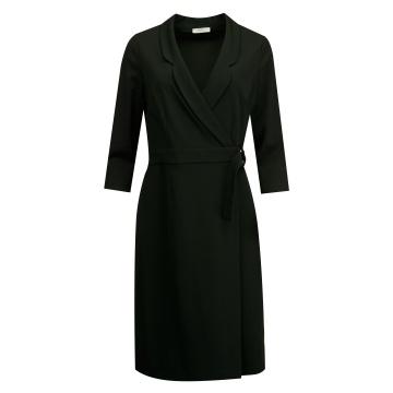 Czarna sukienka szmizjerka...